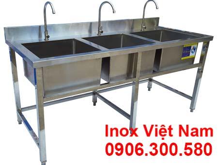 Chậu rửa công nghiệp 3 hố, sản phẩm chậu rửa inox công nghiệp giá tốt tại IVN.