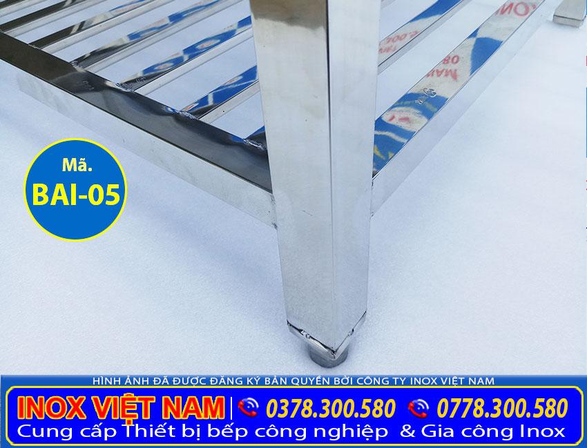 Bạn muốn mua bàn sơ chế inox 1 tầng có kệ song, bàn inox sơ chế nhà bếp. Hãy liên hệ chúng tôi Inox Việt Nam.