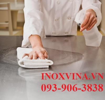 ve-sinh-inox-1