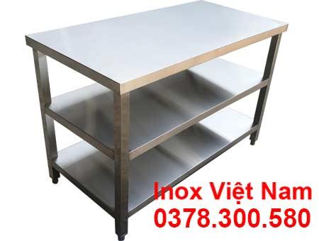 Bàn bếp inox có 3 tầng dạng phẳng