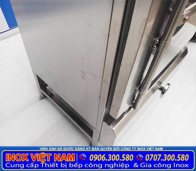 Chi tiết thân nồi tủ hấp cơm công nghiệp bằng gas do chúng tôi sản xuất Inox Việt Nam.