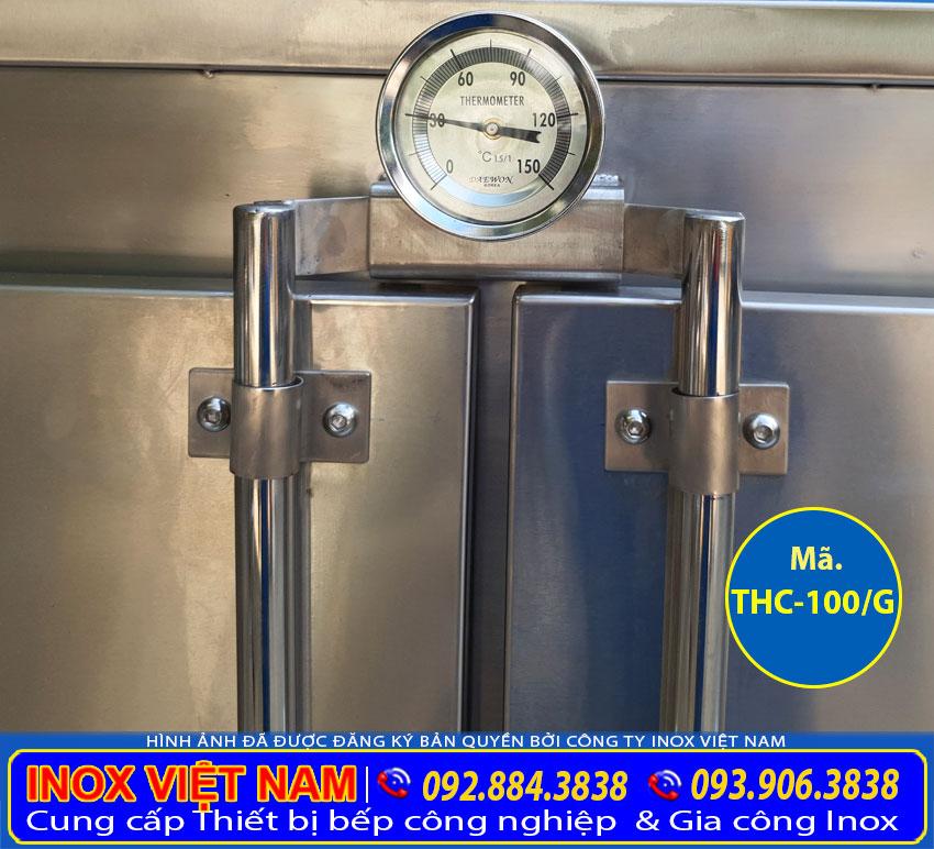 Chi tiết đồng hồ báo nhiệt độ của tủ hấp cơm công nghiệp 100kg sử dụng gas.