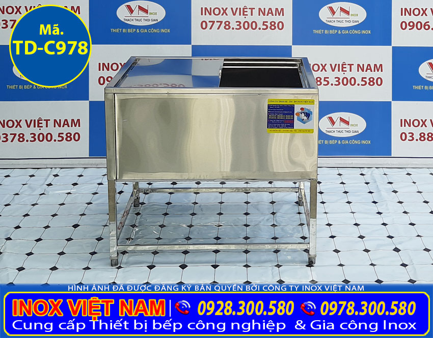 Địa chỉ mua thùng đá inox, thùng chứa đá inox 304 giá tốt tại TP HCM. Liên hệ Inox Việt Nam ngay.