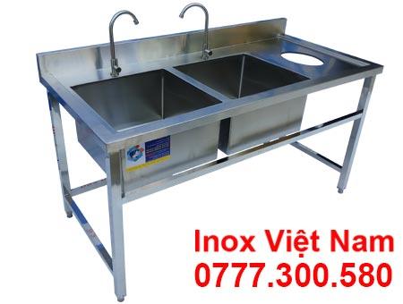 Chậu rửa đôi có lỗ xã rác thuộc hạng mục chậu rửa inox công nghiệp, bồn rửa inox công nghiệp tại IVN.