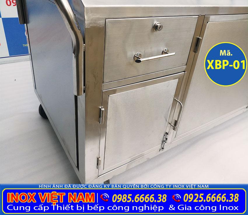 Chi tiết tủ inox bán phở hủ tiếu gõ bằng điện, xe bán phở bằng điện giá xưởng Inox Việt Nam.