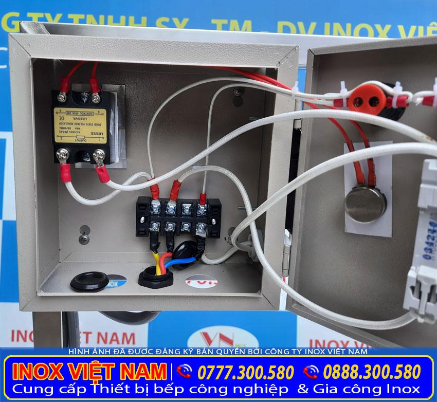 Hộp điện nồi nấu phở bằng điện của bộ nồi điện 20 lít và 60 lít.