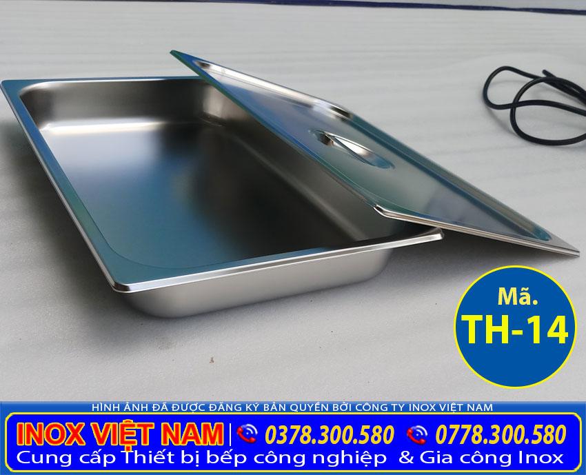 Hình ảnh chiếc khay GN tủ hâm nóng thức ăn 14 khay được áp dụng khi bán quán cơm.