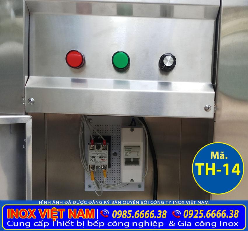 Chi tiết phần tủ điện của quầy hâm nóng thức ăn được thiết kế an toàn dễ sử dụng.