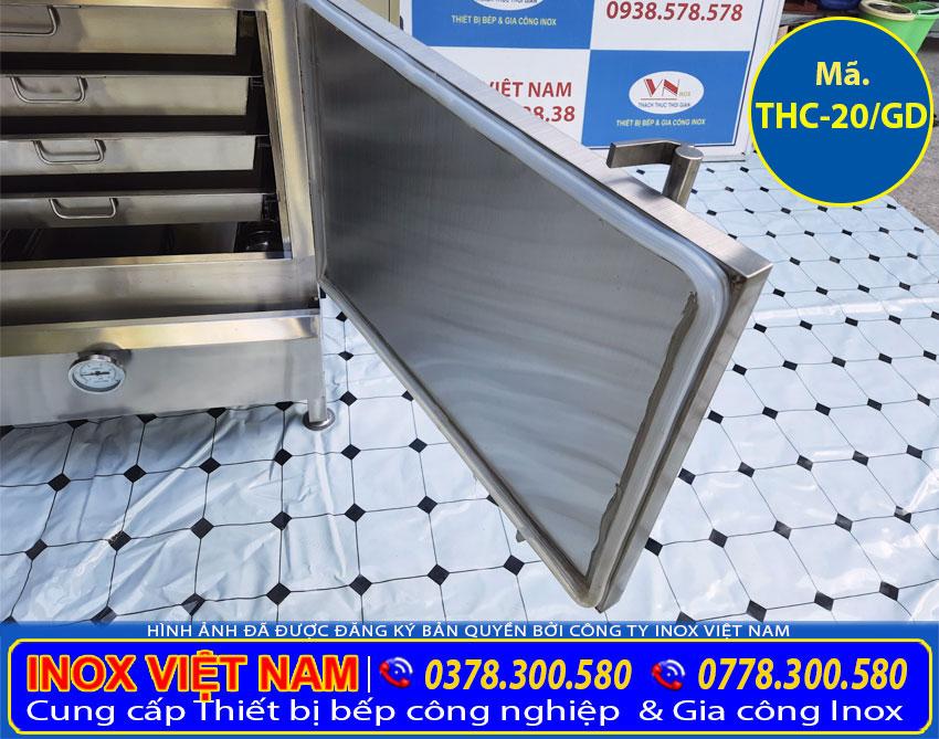 Chi tiết tủ hấp cơm công nghiệp có ron thiết kế an toàn chắc chắn.