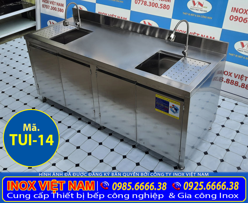 Tủ inox nhà bếp có bồn rửa chén bát, sản phẩm tủ inox dài 2 mét.